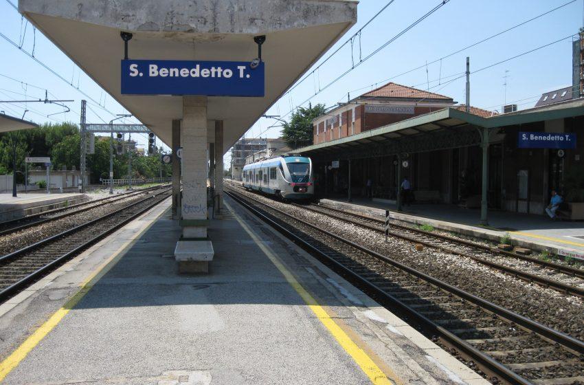 stazione treno ferrovia san benedetto tronto trenitalia