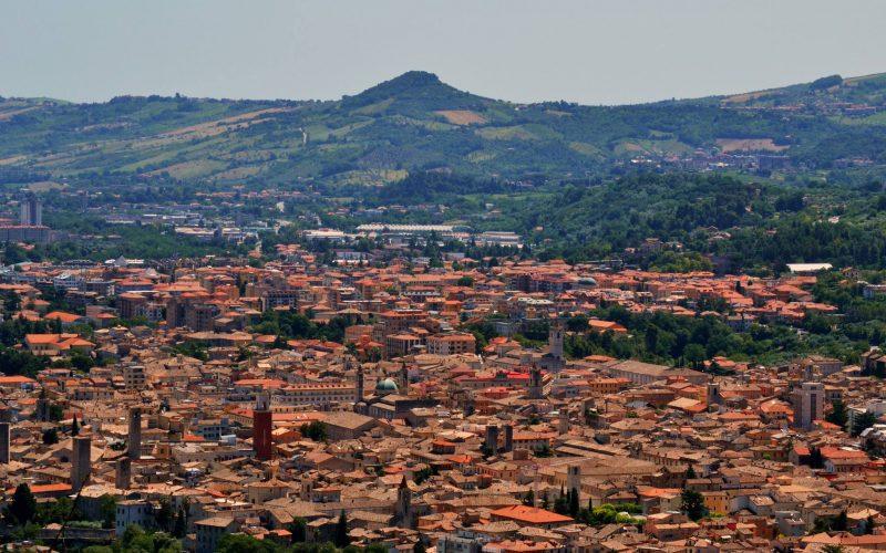 """""""Lonely Planet"""" premia le Marche e il Piceno"""