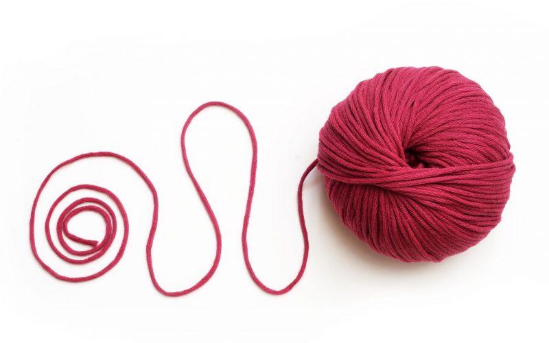 """""""Knitting therapy"""", il lavoro a maglia entra nel reparto di oncologia del """"Mazzoni"""""""
