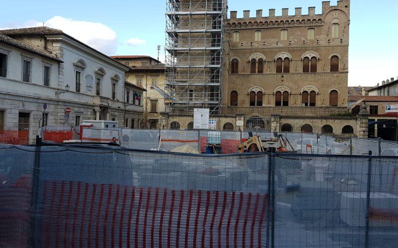 Lavori di Piazza S. Agostino: incontro coi tecnici comunali, ma resta la preoccupazione