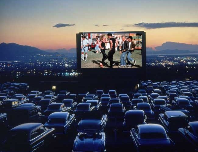 Il CineOcchio – Il ritorno del drive-in per salvare il cinema