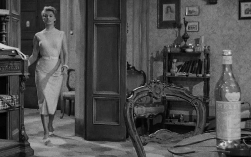 Il legame tra l'Anisetta Meletti e il cinema. Ecco dove è comparso il celebre liquore ascolano